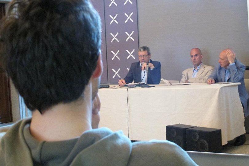 Conferenza stampa - Su la Maschera