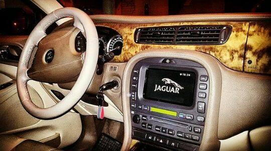 [ Jaguar S-Type bi-turbo ] Auto di rappresentanza , per matrimonio ed eventi.  Prezzo a partire 100 euro al giorno.