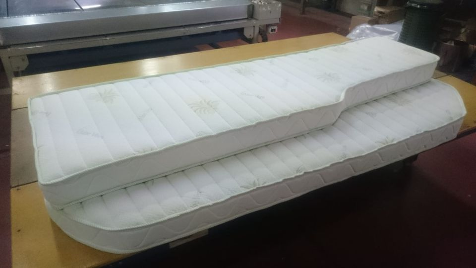 Materassi Bed Services - Produzione su misura . Divani . Letti