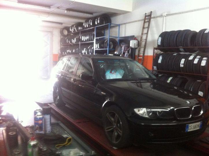 BMW 320cd sw cambio automatico anno dicembre 2004 in vendita per info contattare pure.