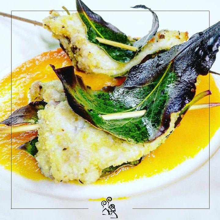 Gusto unico.. #locanda #restaurant #botrugno #salento #fish #freshfish #artgallery #primo #camini