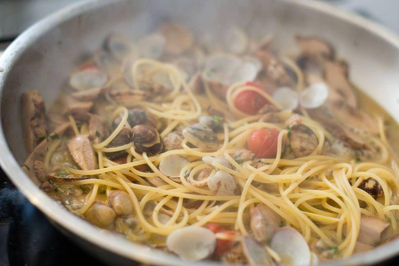 Spaghetti Vongole e Porcini