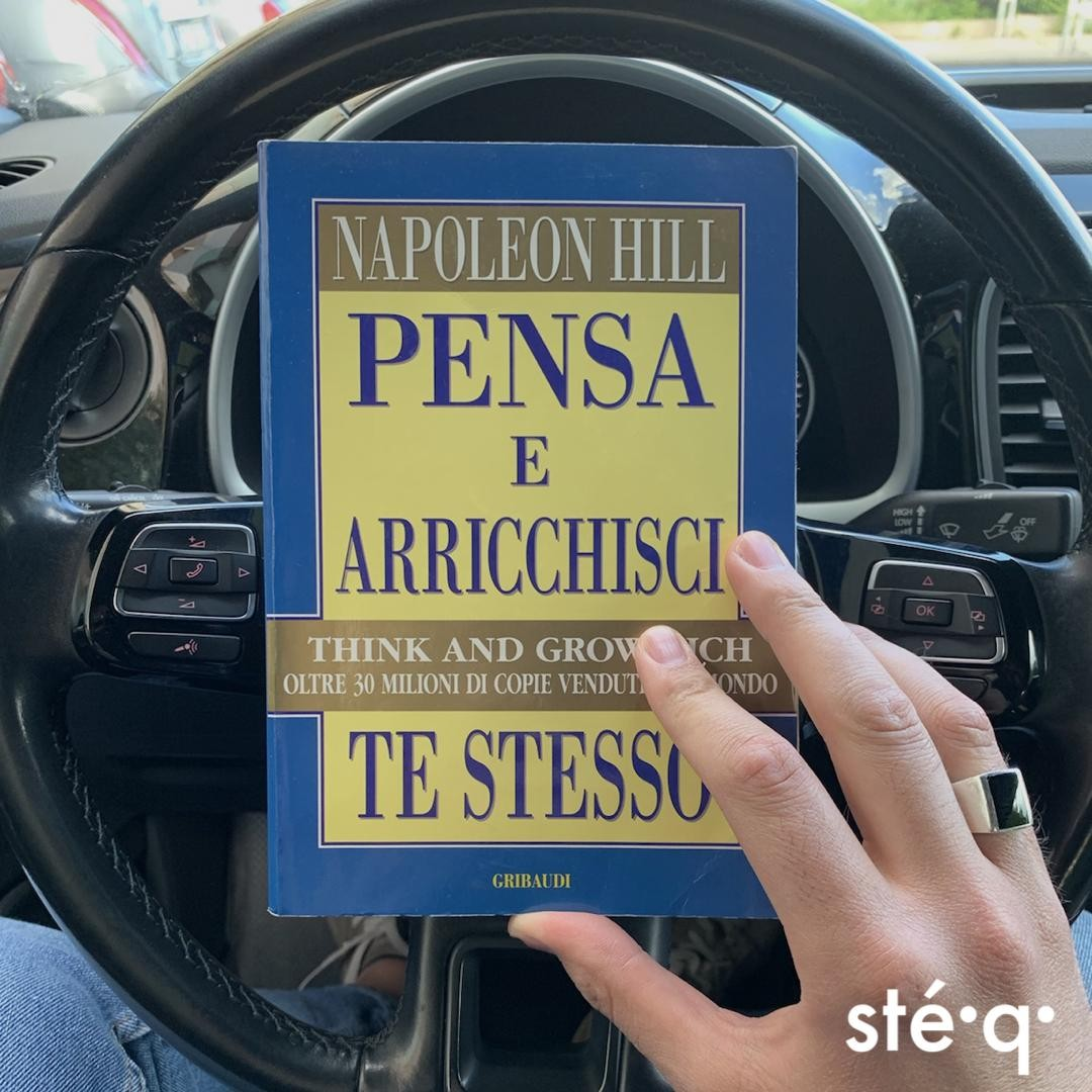 PENSA E ARRICCHISCI TE STESSO - LIBRO DI NAPOLEON HILL